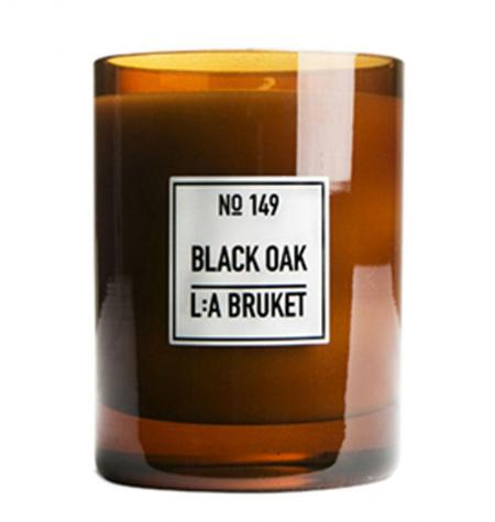 Black Oak Scented Candle · 260 g